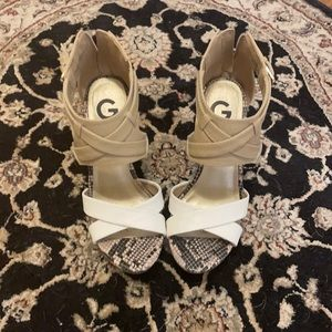 EUC G by Guess wedges!